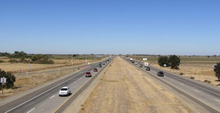 San Patricio, TX - Two-Car Injury Crash on I-35 near Gillespie Ln