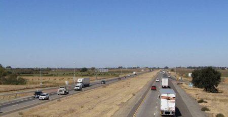 San Antonio, TX - Serious Car Crash Blocks Three Lanes Of Lp 1604 EB at I-10
